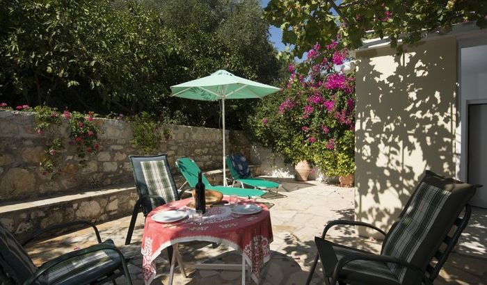Outdoor Dining Area, Eleni's Cottage, Kefalonia