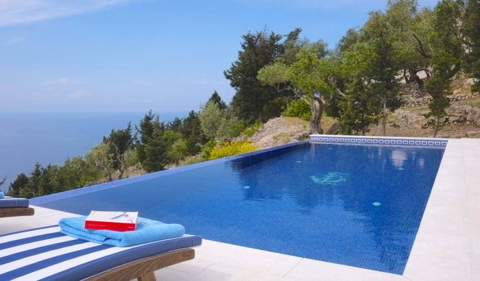 Swimming pool, Erimitis View, Paxos