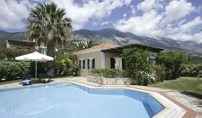 Swimming Pool, Trapezaki Villas, Kefalonia