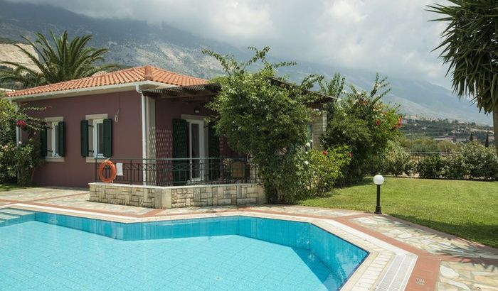 Swimming Pool/Garden, Trapezaki Villas, Kefalonia