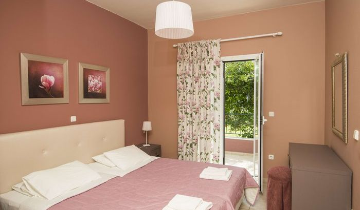 Double Bedroom, Trapezaki Villas, Kefalonia