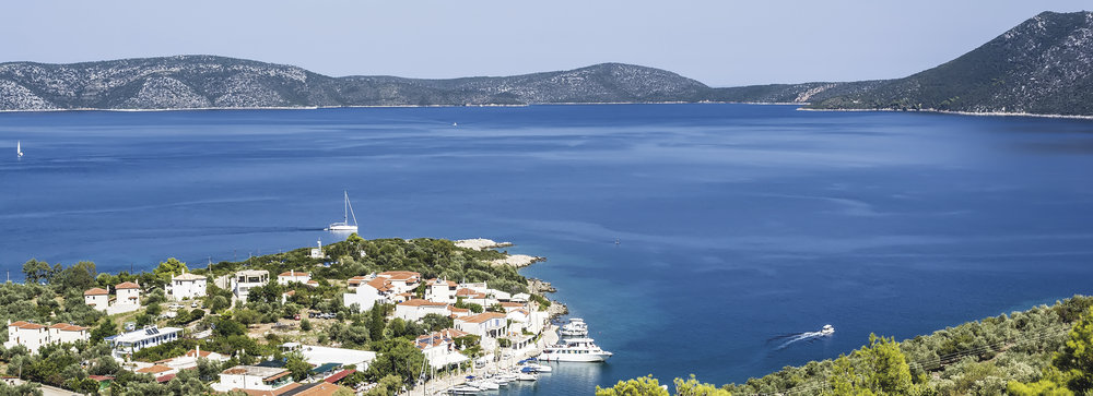 Sit back and enjoy the scene from your panoramic villa on Alonissos